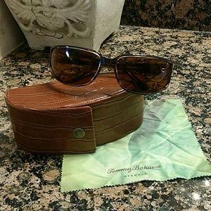 Unisex Tommy Bahama Aruba Mixer Sunglasses w/ Case
